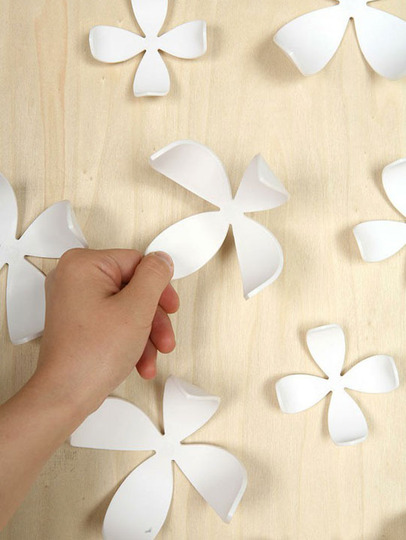 Umbra Wallflower Wall Décor Set Of 25 : Bring spring time into your home with wallflower decor