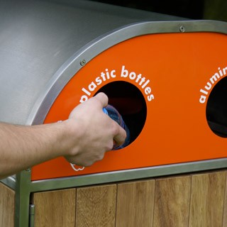 Royalparks_recycling_bins_1