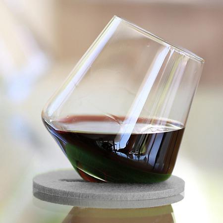 Sempli-Design-Cupa-VS-Wine-Glass-and-Coaster-Set-in-Gray