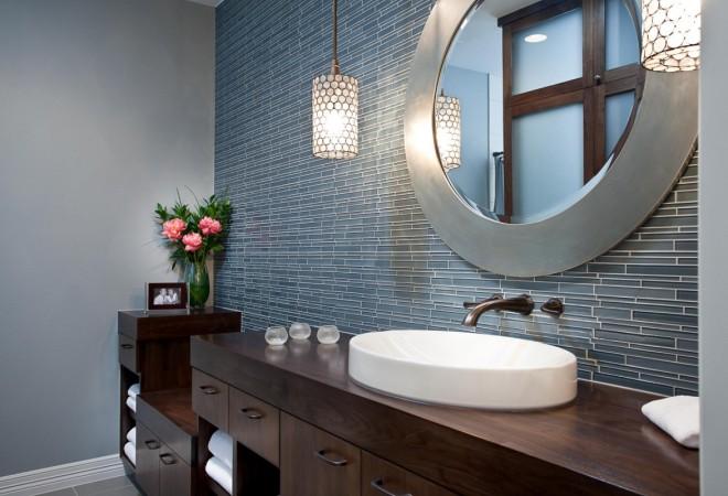 bathroom-with-round-creative-vanity-mirrors-