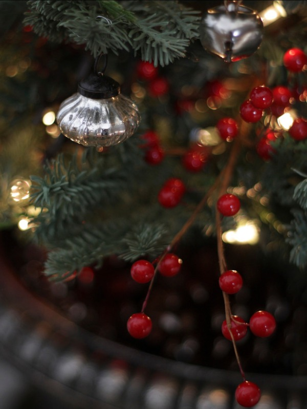 RMS_BrittSpano-Christmas-Tree-Close-Up-Bells-Berries_s3x4_lg