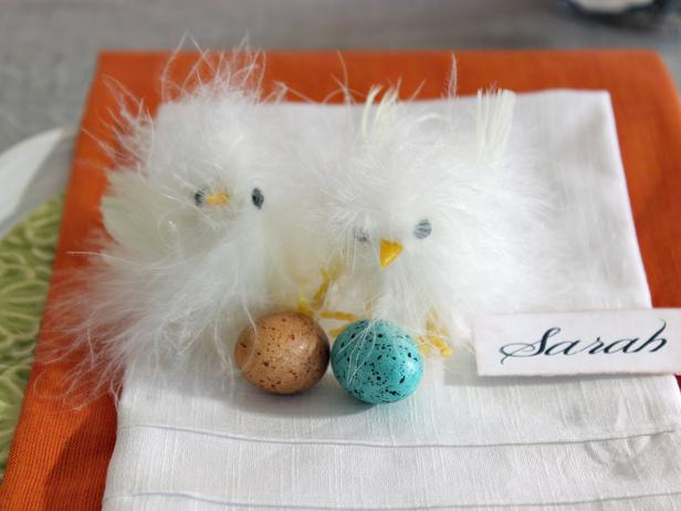 RMS-Decorating-Ideas_Easter-chicks-place-setting_s4x3_lg