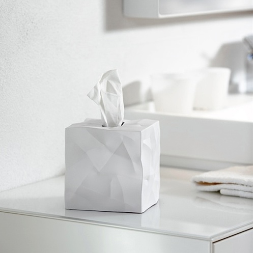 Crinkle tissue dispenser